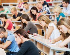 При начислении пособия с 3 до 7 лет будут учитывать наличие детей-студентов в семье