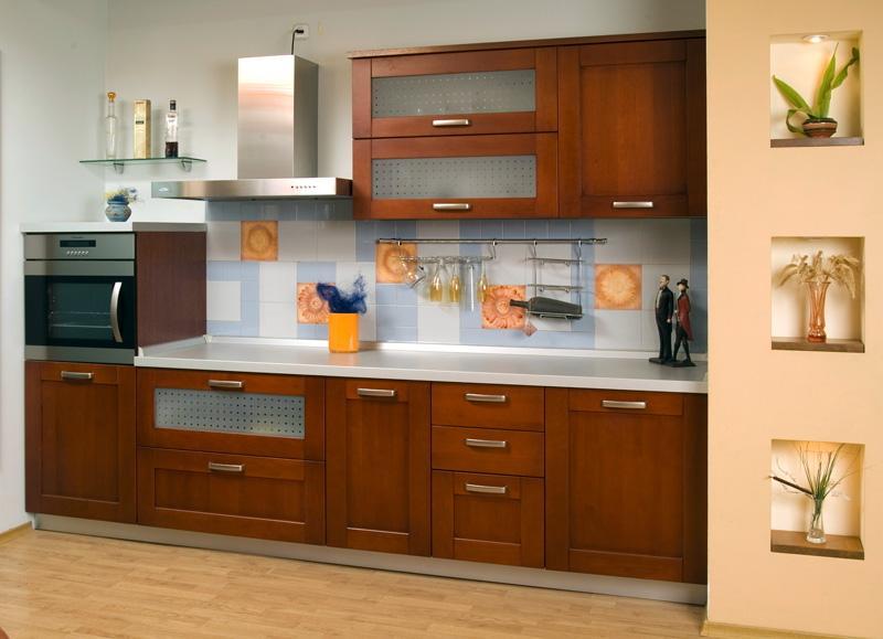 Дорогая кухня из качественных материалов