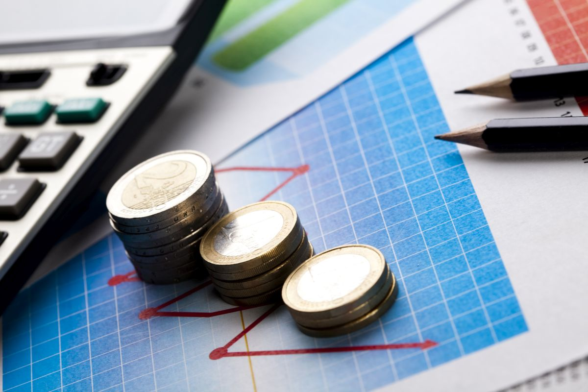 Налоги на инвестиции. Как научиться зарабатывать и экономить