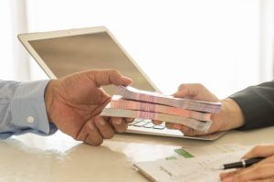 Причины рекордного роста потребительских кредитов: мнение эксперта